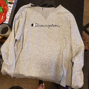NWT womens Champion crewneck